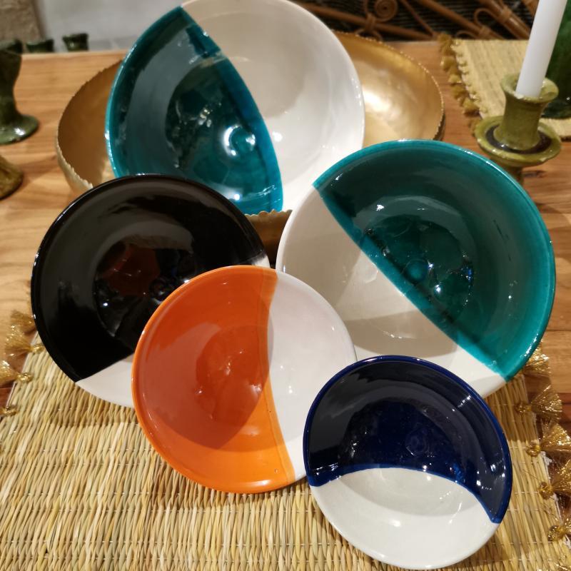 Vaisselle bicolore